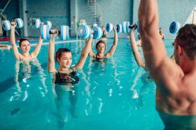 Swimming-pool halls